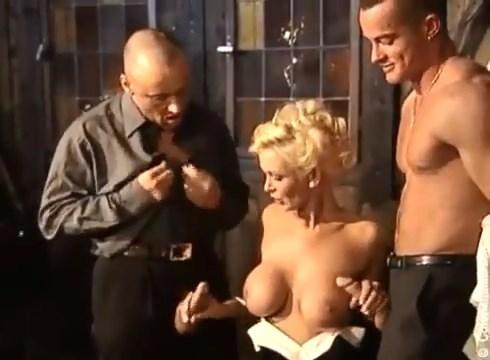 Deutscher Gruppensex Pornofilm mit Doppelpenetration